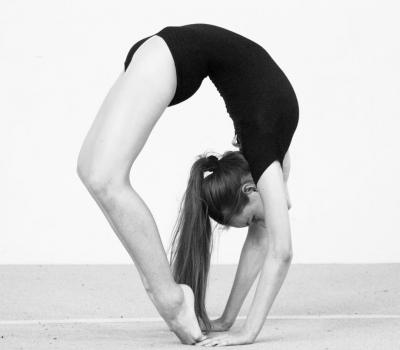 Участница проекта @plasticdance.ru Светлана Артемьева @sveeetlaanka  на тренировках. Фотограф @amirgumerov_photographer @teamsportgala